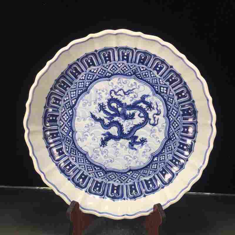 Chinese antique collectors porcelain plate