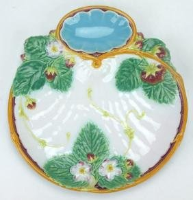 Minton shell shape Majolica strawberry plate, rim nick,