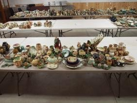 Majolica lot of 105 +/- assorted pieces, various