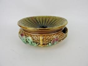 Majolica spittoon with oak leaves and acorns