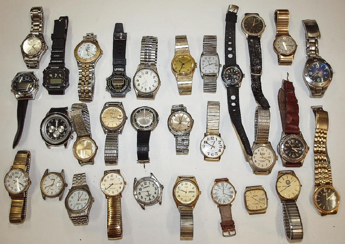 Lot of 30 mens wrist watches: Seiko, Timex, Armitron,
