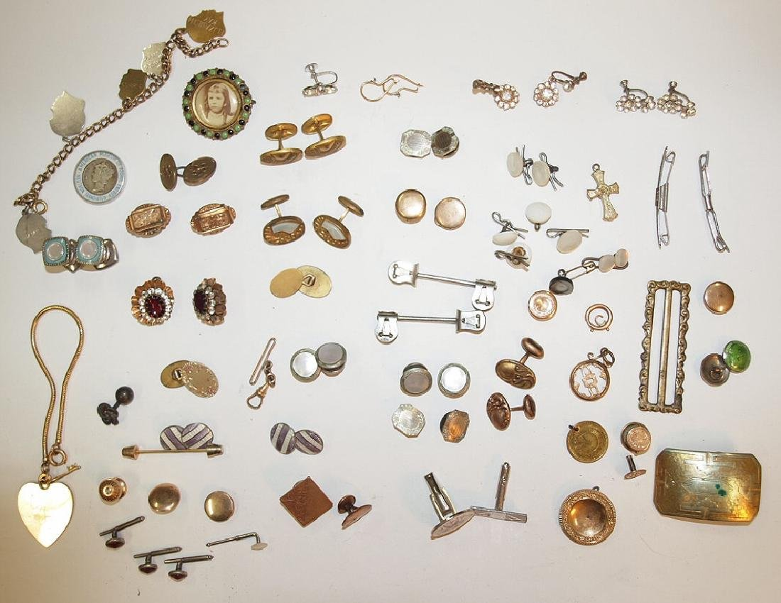 Lot of assorted jewelry