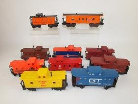 Lionel lot of 10 caboose train cars