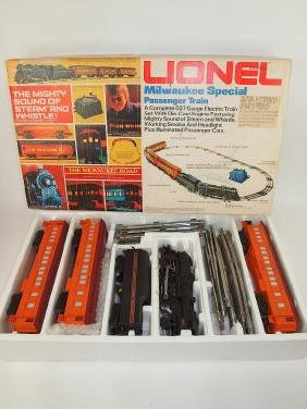 Lionel Milwaukee Road Special Passenger train set with