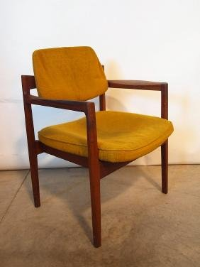 Mid century modern accent chair by Jens Risom with