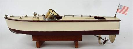 1950s Chris Craft style wooden model speed boat
