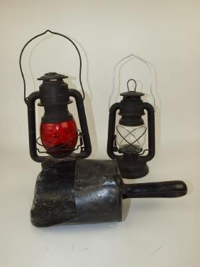 Dietz barn lantern with red globe, contemporary lantern