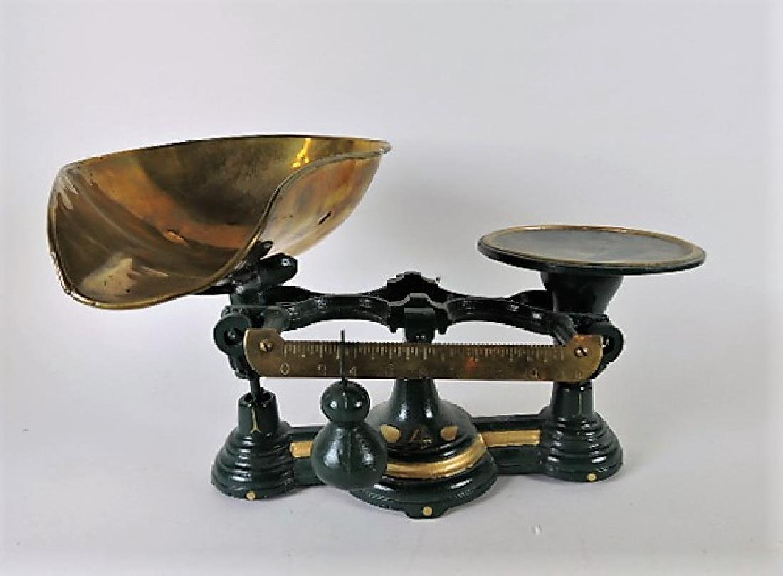 Cast iron #4 balance scales with brass bowl