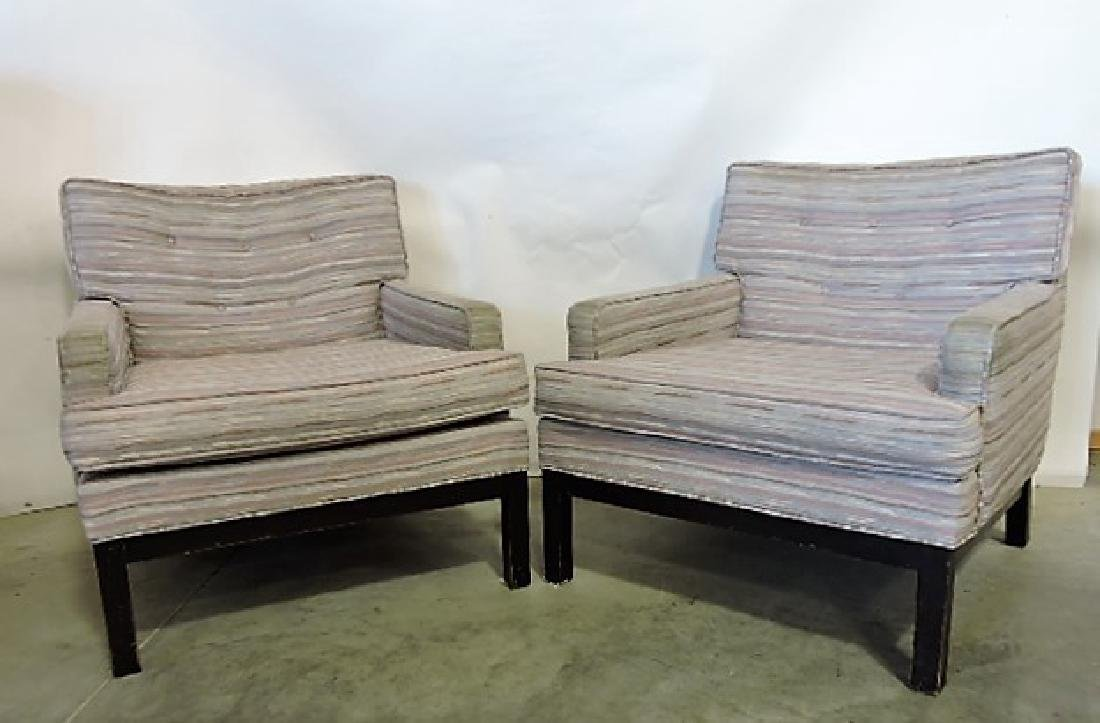 Directional #667 Mid Century Modern pair of lounge