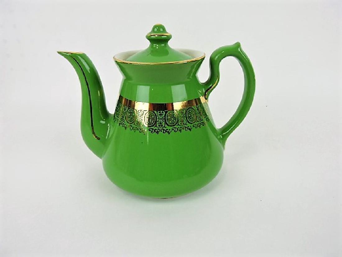 Hall China teapot, 4 cup, Philadelphia emerald