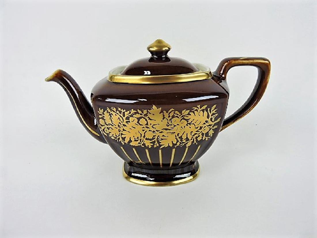 Hall China teapot, 6 cup, Hollywood brown