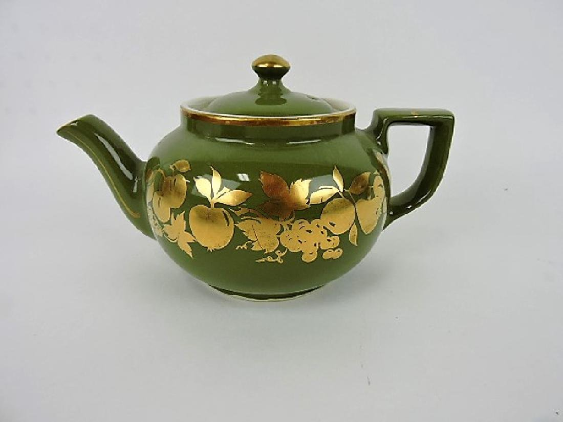 Hall China teapot, Boston with fruit