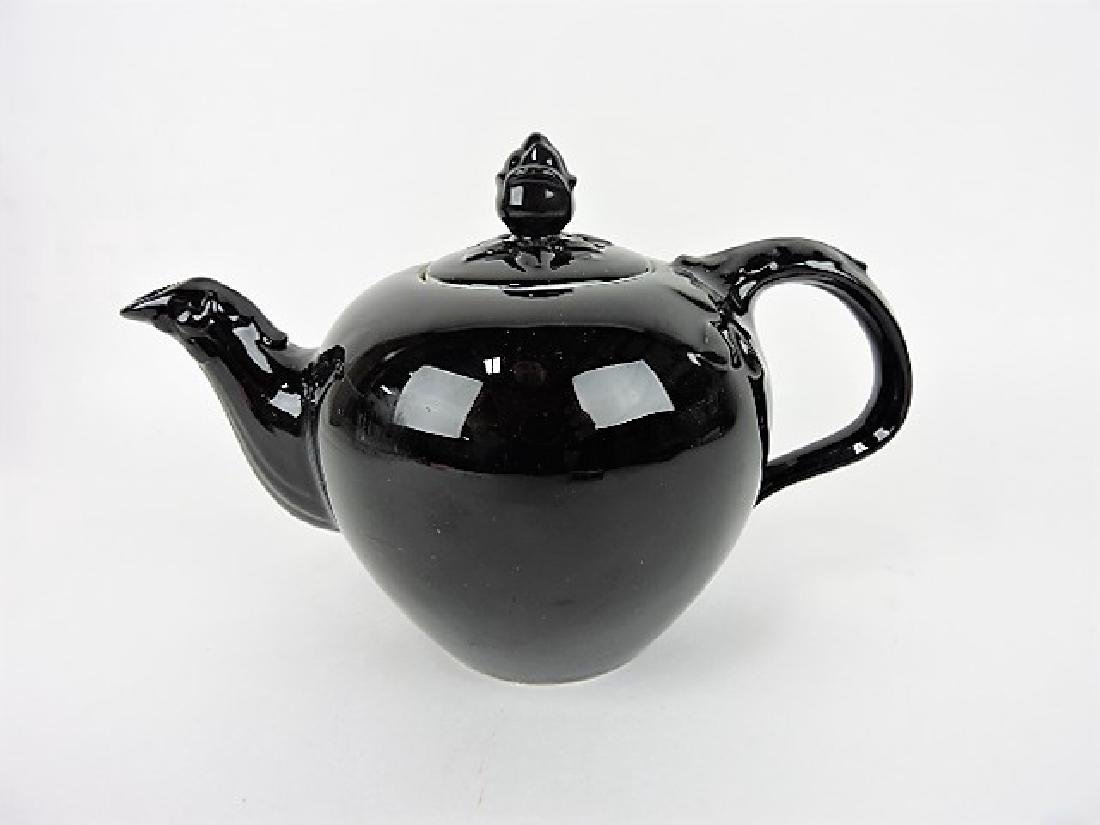 Hall China teapot, Black Thorny