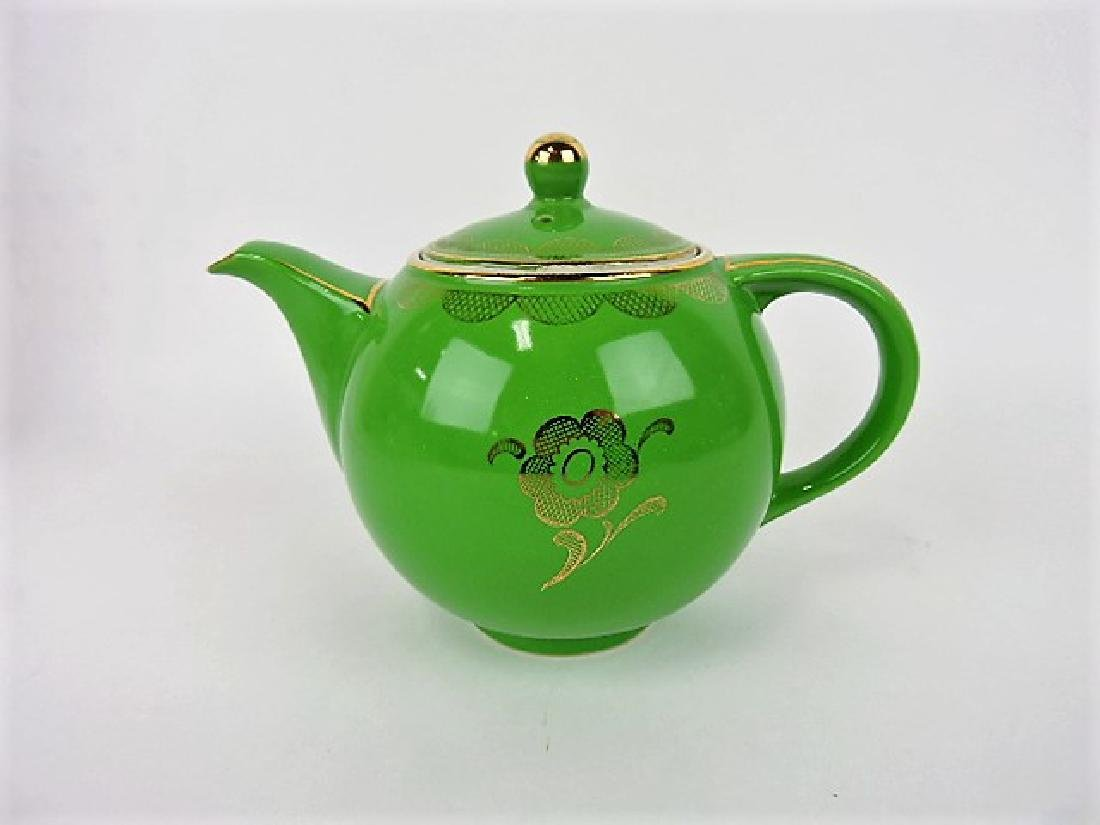 Hall China teapot, Globe, emerald with gold