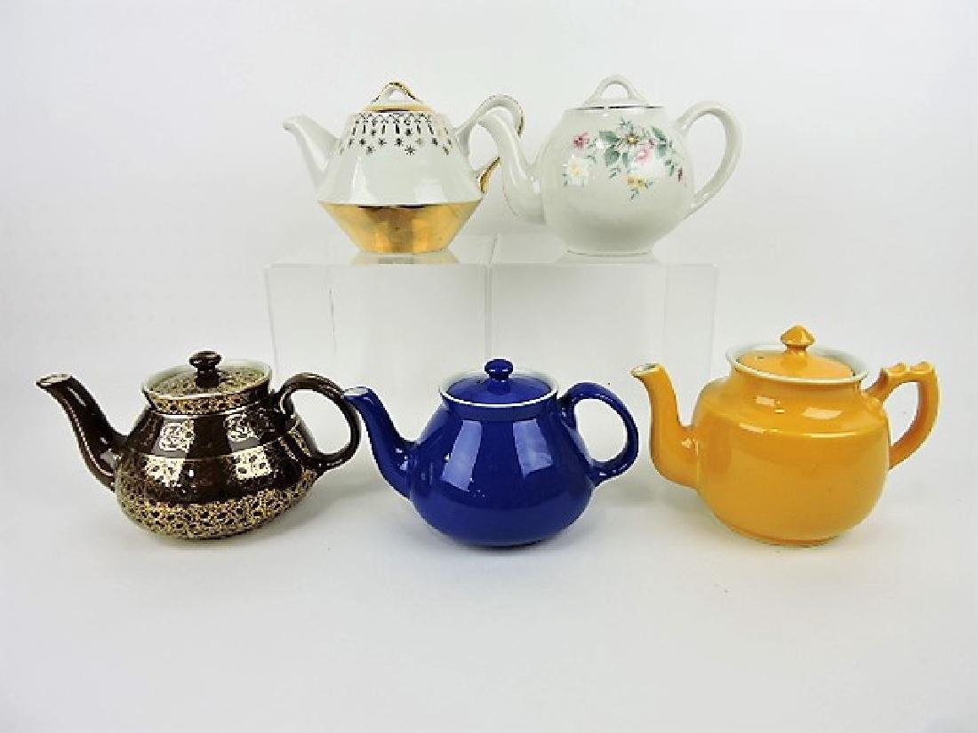 Hall China lot of 5 teapots