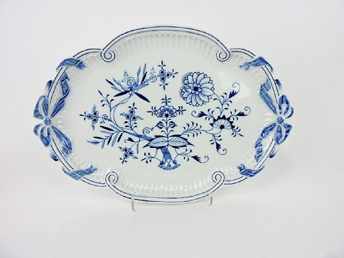Meissen Blue Onion platter with ribbon and bow