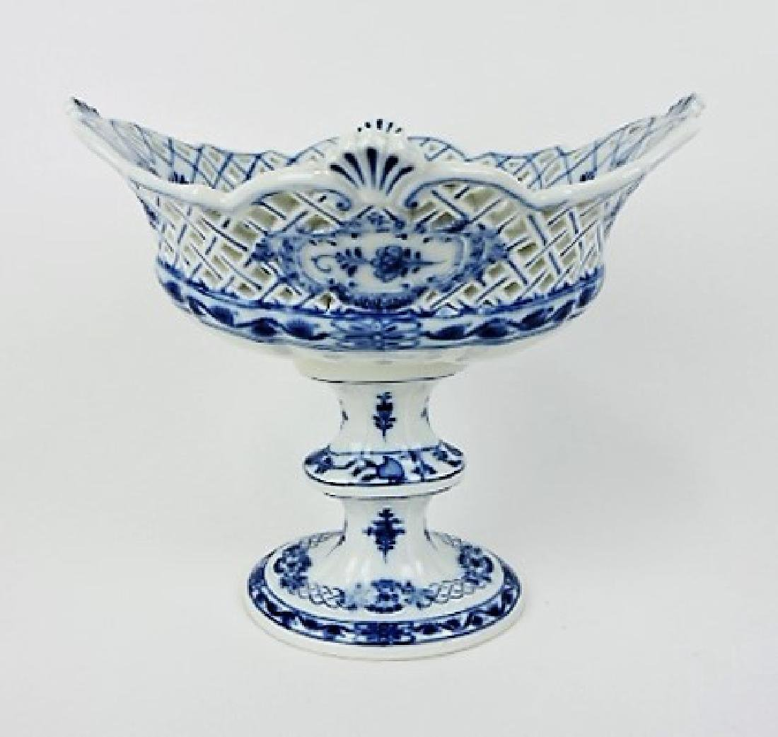 Meissen Blue Onion compote 9 1/2""
