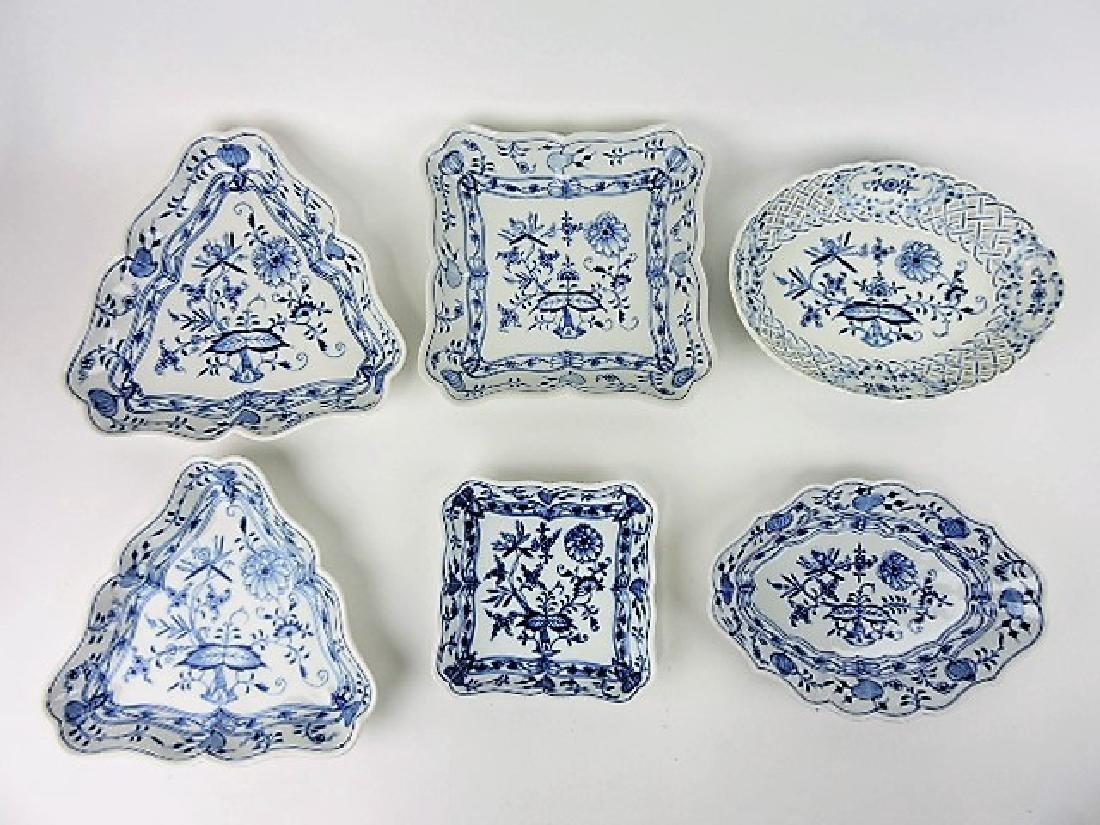"""Meissen Blue Onion lot of 6 trays - 10"""" & 11"""""""