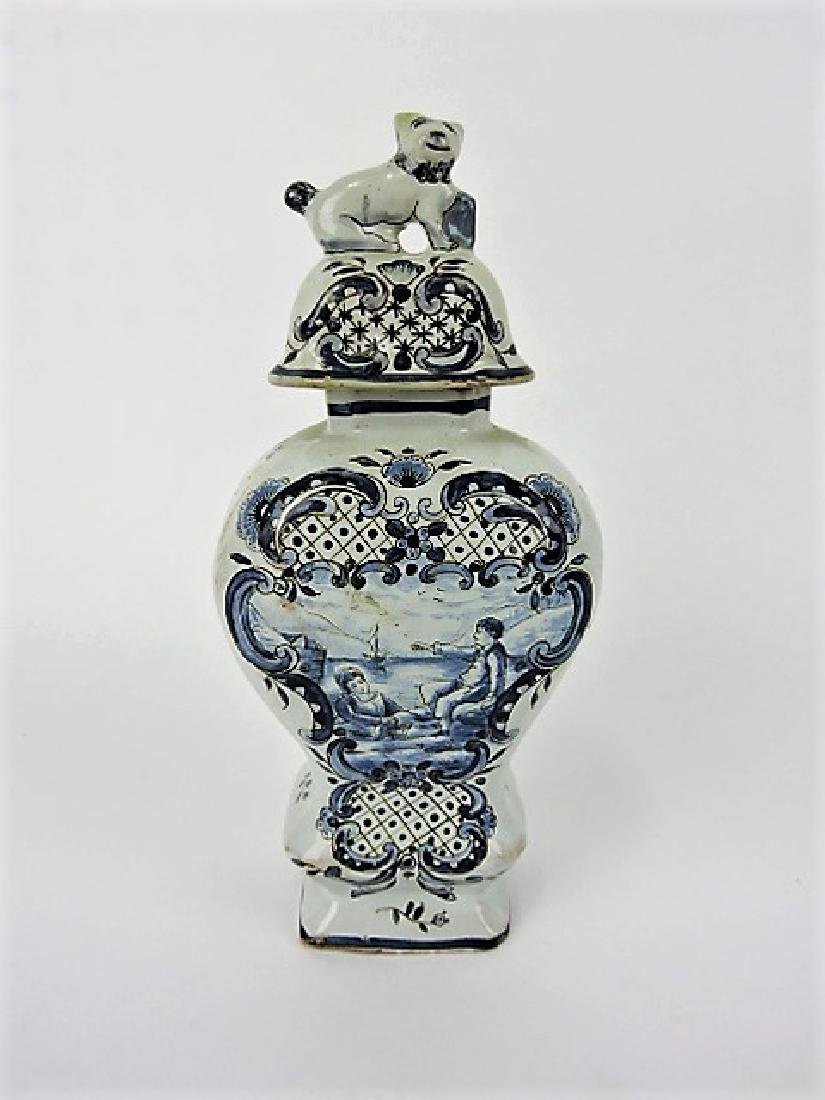 """Early Blue Delft ginger jar with dog finial, 9"""", - 3"""