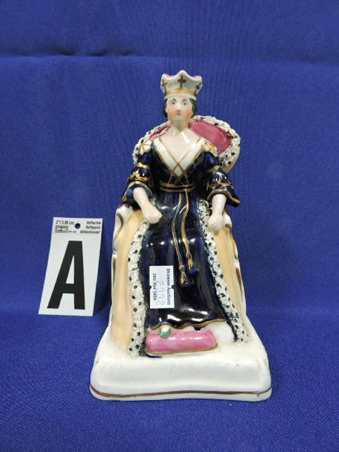 """Staffordshire lot of 6 figures of people, 6 1/4"""" - 2"""