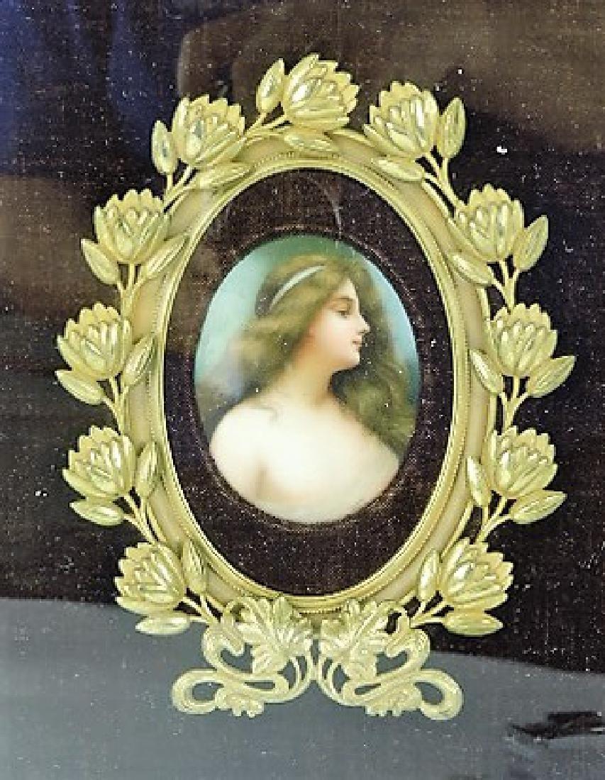 Hutchenruther porcelain portrait plaque signed
