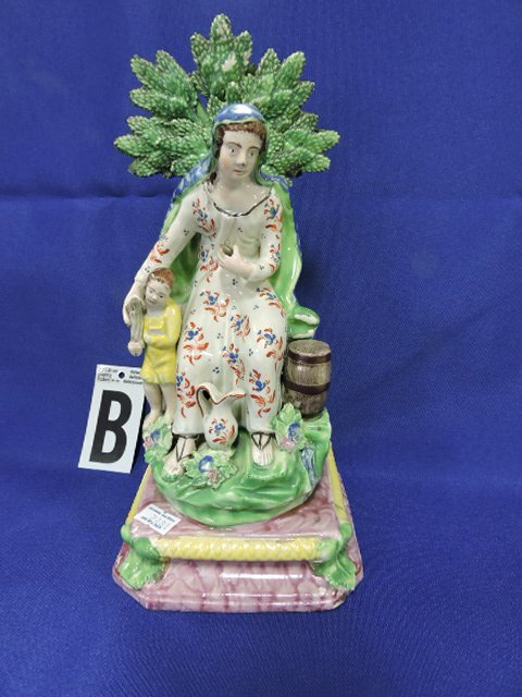 Staffordshire Pearlware lot of 7 figures, - 3