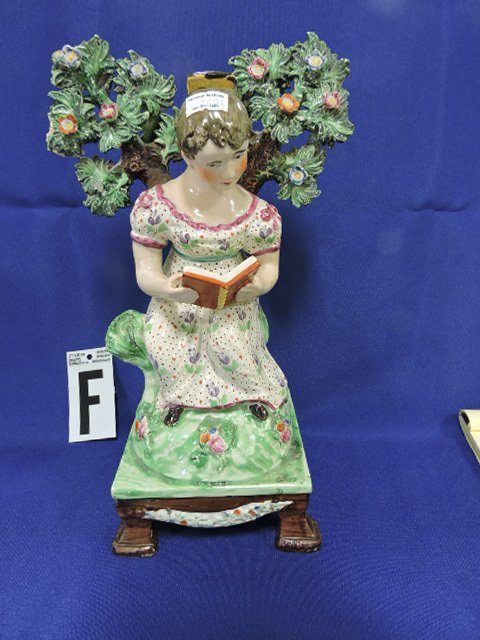 Staffordshire Pearlware lot of 7 figures, - 7