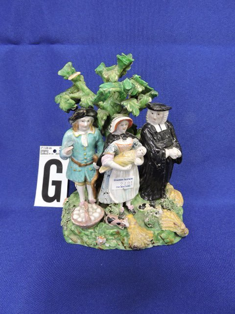 Staffordshire Pearlware lot of 7 figures, - 8