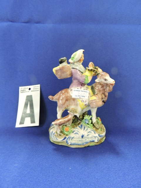Staffordshire Pearlware lot of 7 figures of people - 2