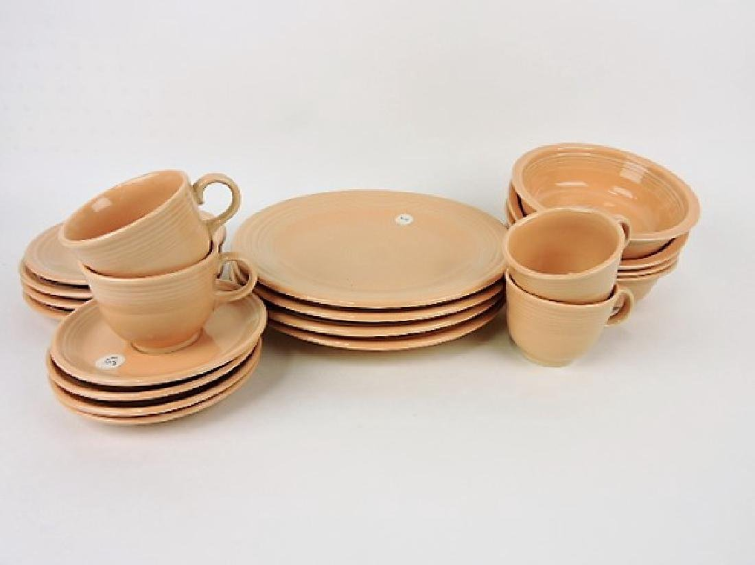 Fiesta Post 86 apricot 4 5pc place settings,