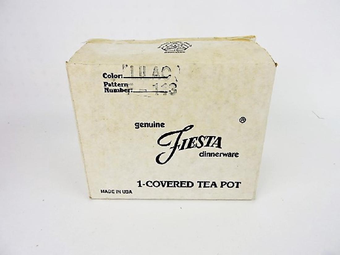 Fiesta Post 86 lilac teapot NIB