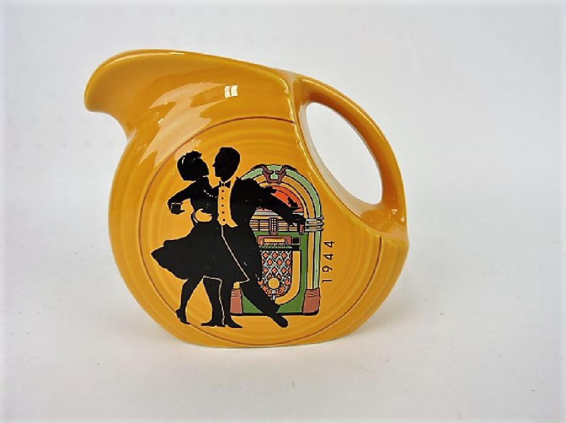 Fiesta Post 86 disk juice pitcher, 1944 dancing