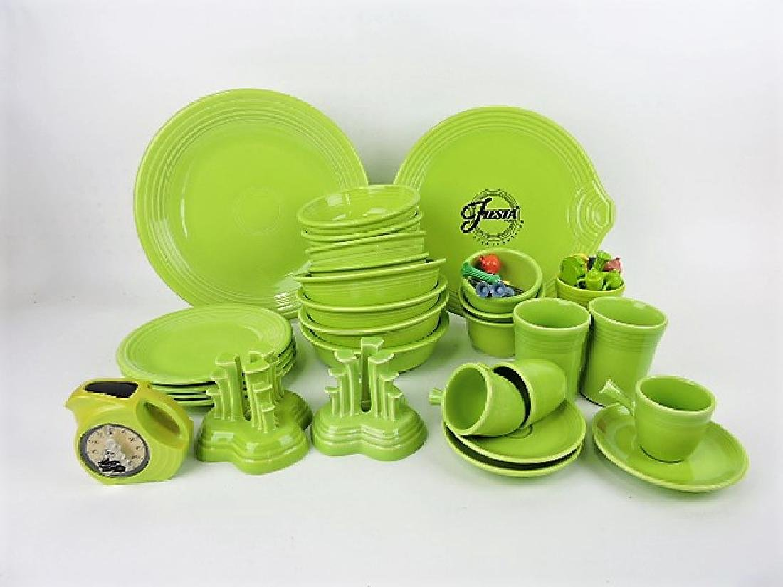 Fiesta Post 86, chartreuse lot of 25 pieces
