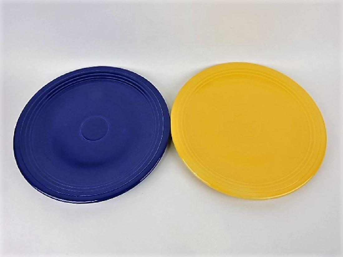 """Fiesta 15"""" chop plate, cobalt & yellow"""