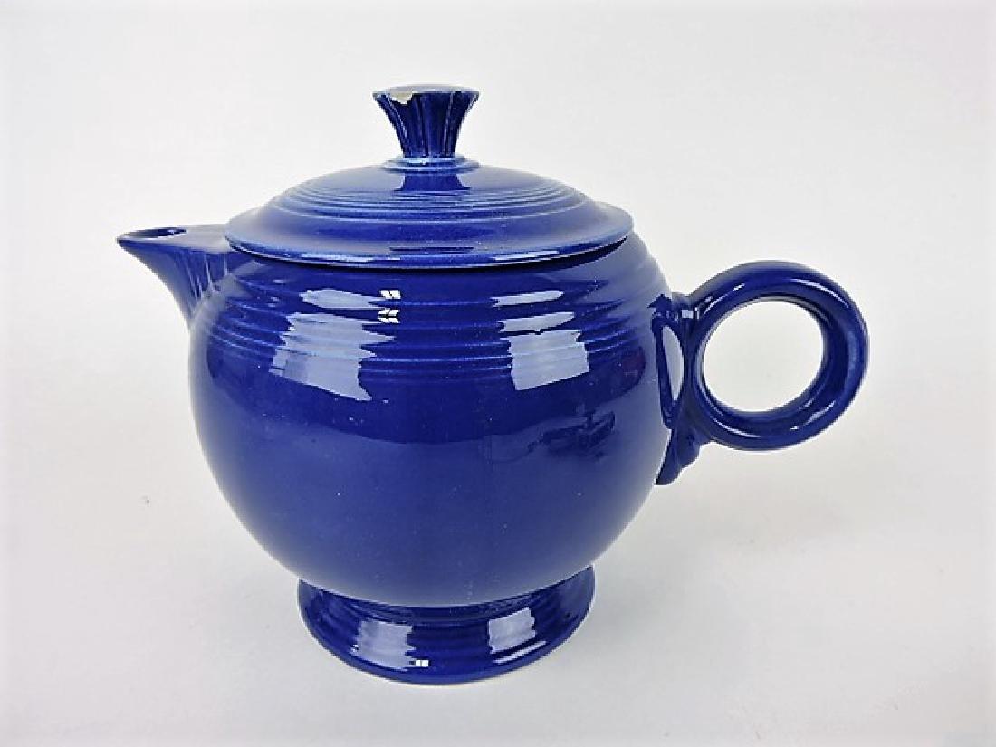 Fiesta large teapot, cobalt, nick to finial