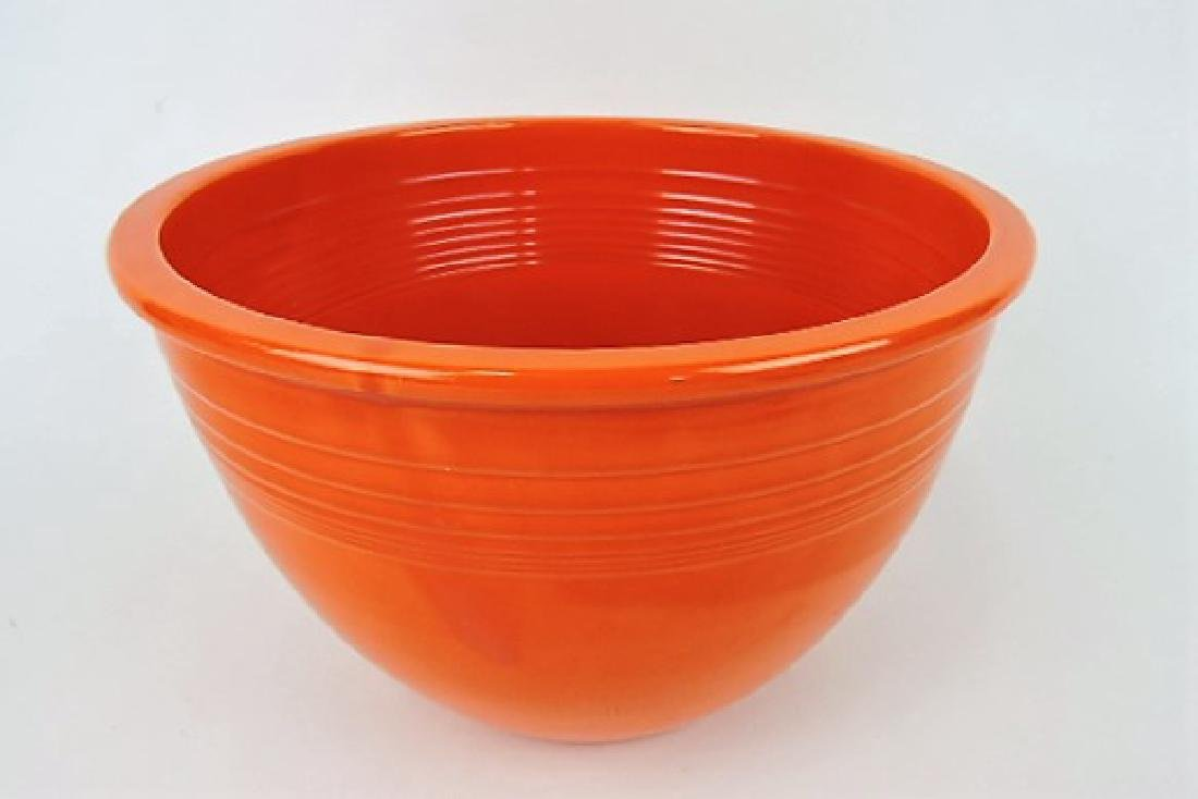 Fiesta #7 mixing bowl, red, inside rings, hairline