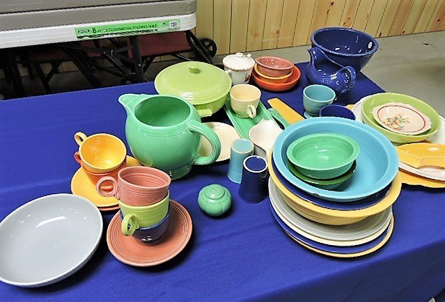 Fiesta lot of 43 pieces