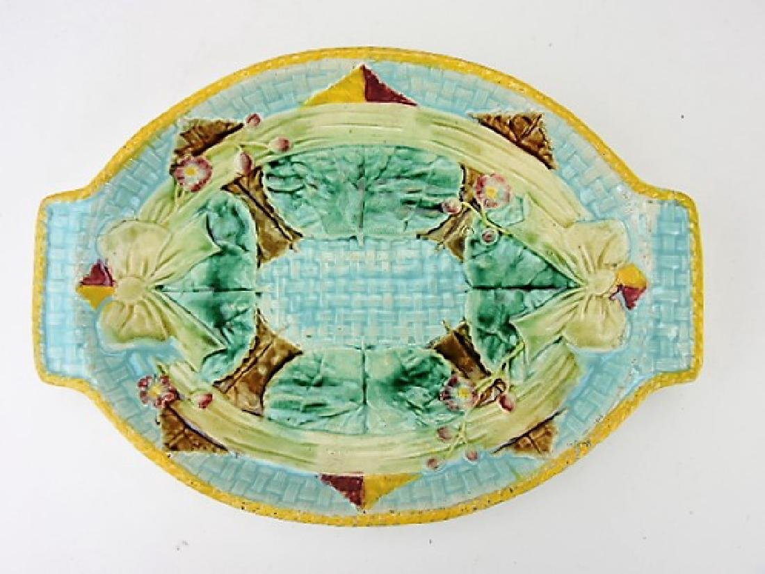 "Fielding ribbon and bow majolica platter, 13"","