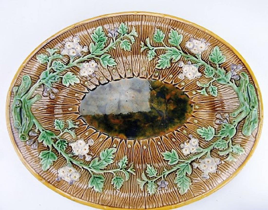 Majolica picket fence and floral platter, 14""