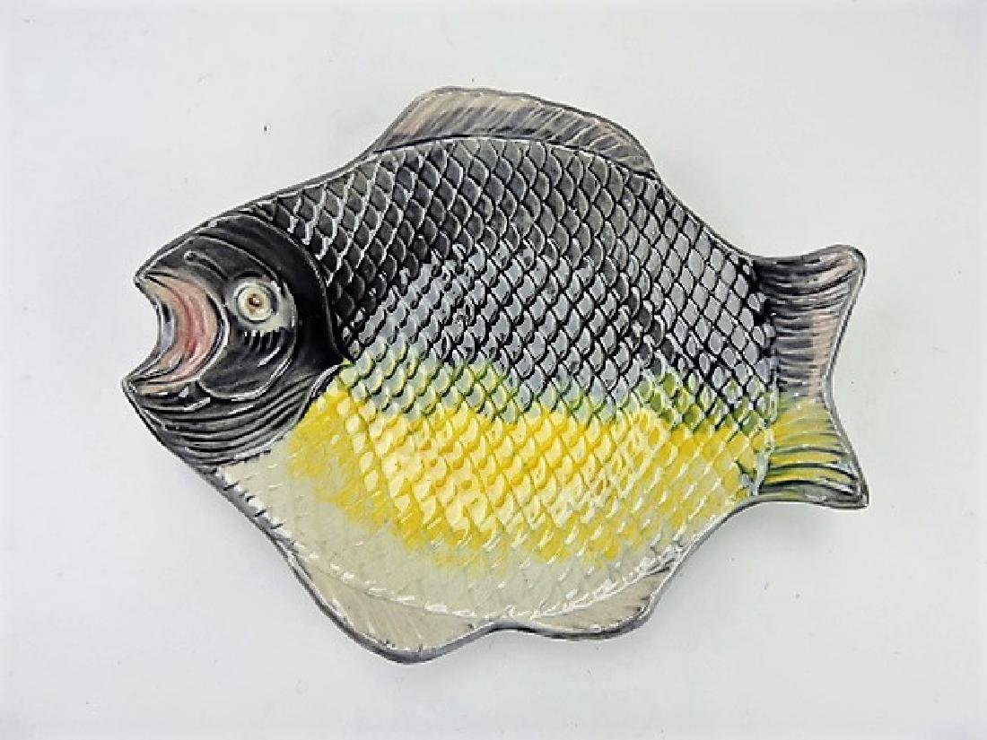 Majolica fish shape plate 9 1/4""