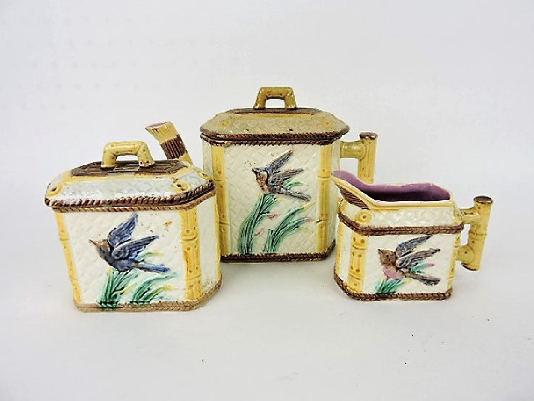 Etruscan majolica bird and iris tea set, various