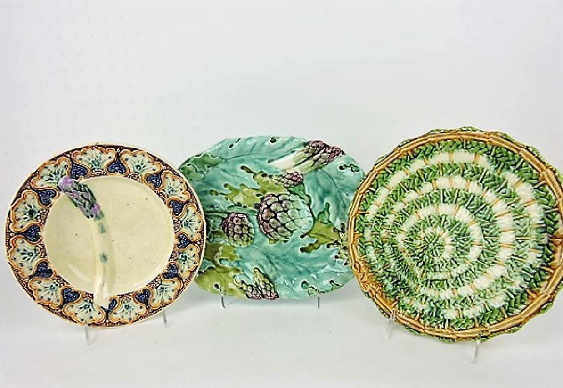 Majolica asparagus tray and 2 plates, various