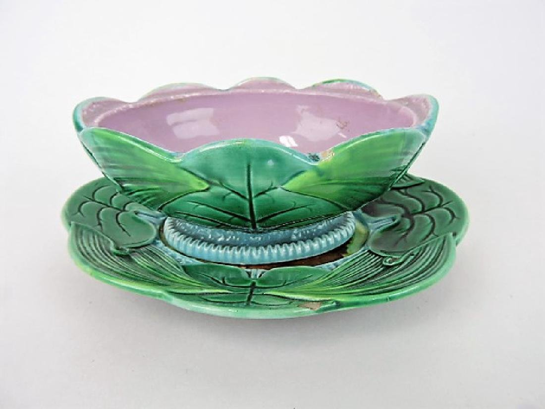 George Jones pond lily pate box base and under - 2