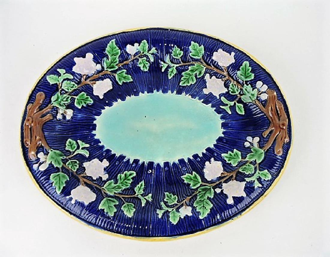 Majolica cobalt picket fence and floral platter,