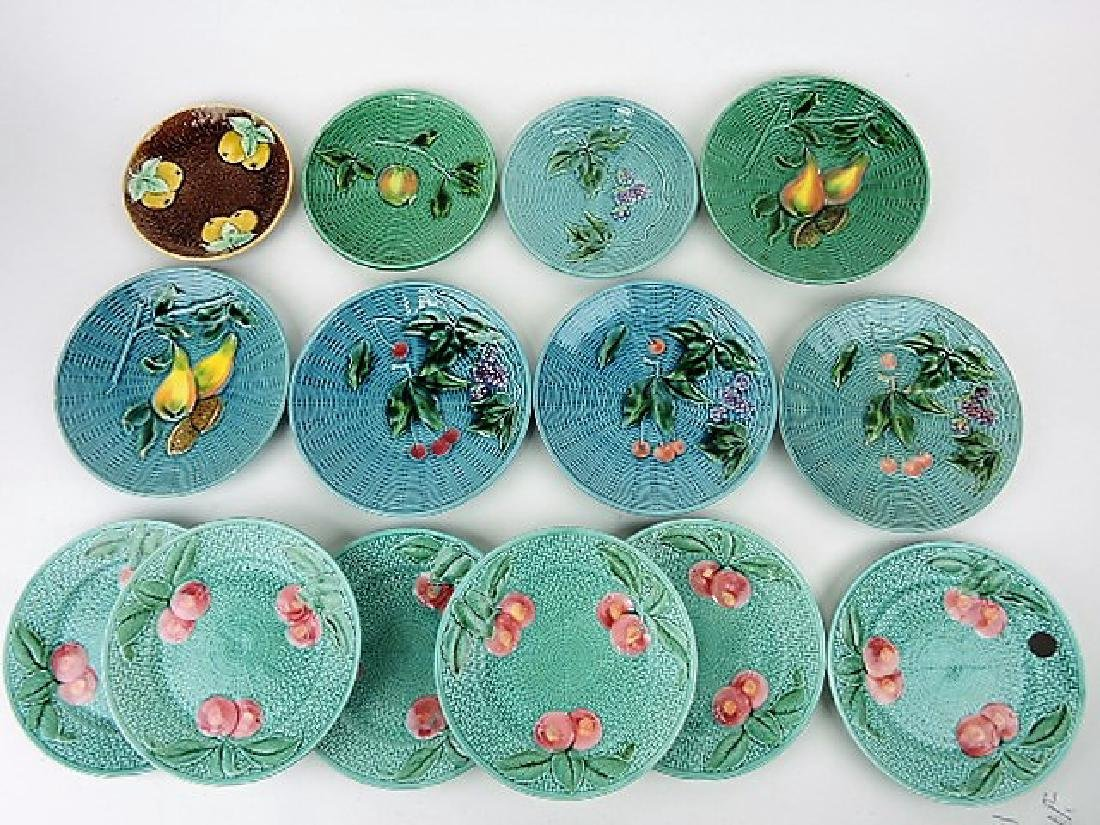 Majolica lot of 14 plates, various condition