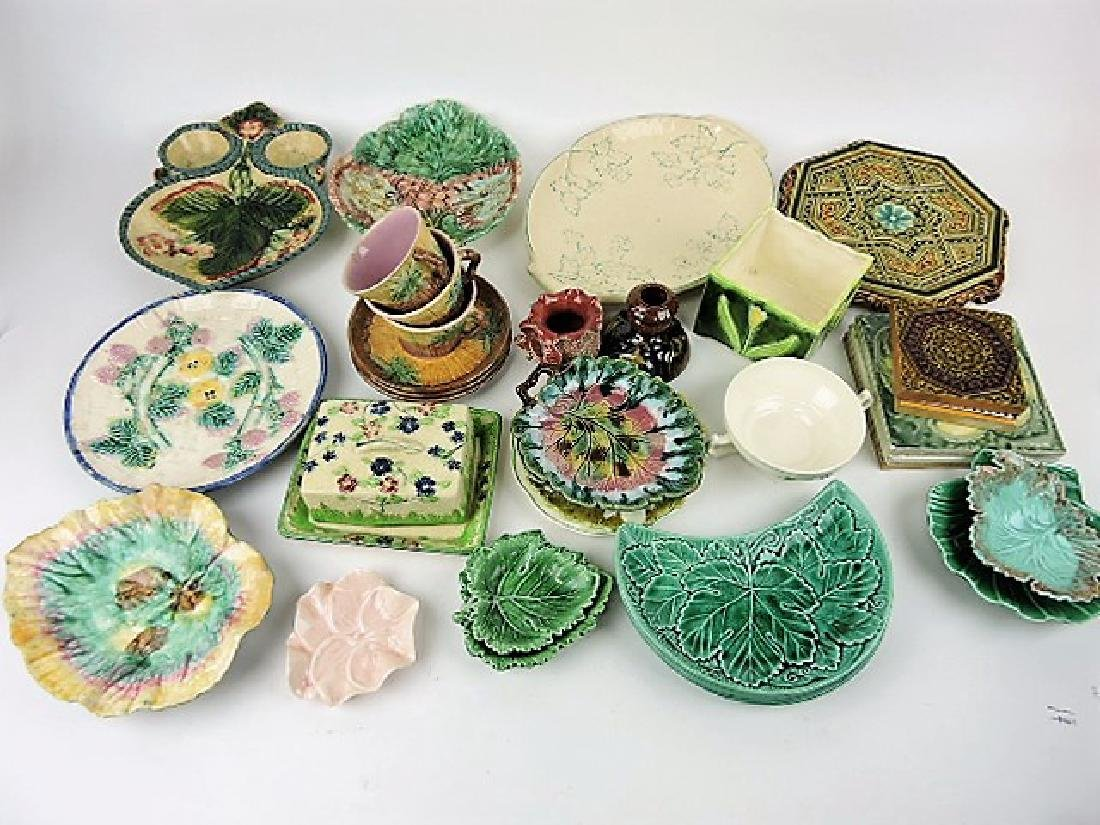 Majolica lot of 30 assorted items, various