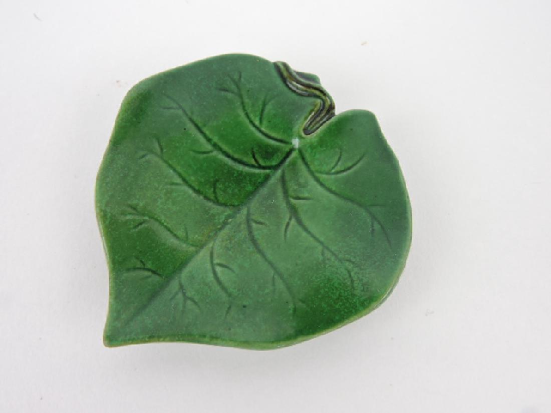 George Jones majolica green leaf butter pat