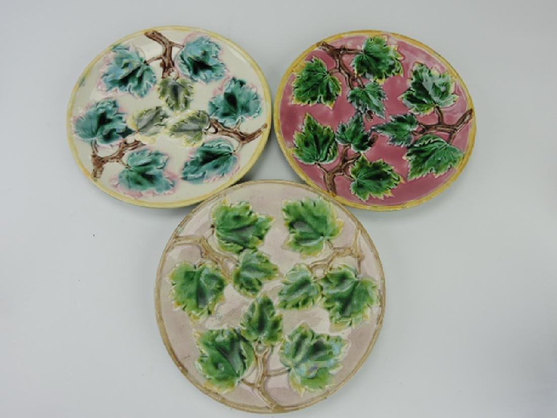 Etruscan majolica lot of 3 maple leaves plates, 9""