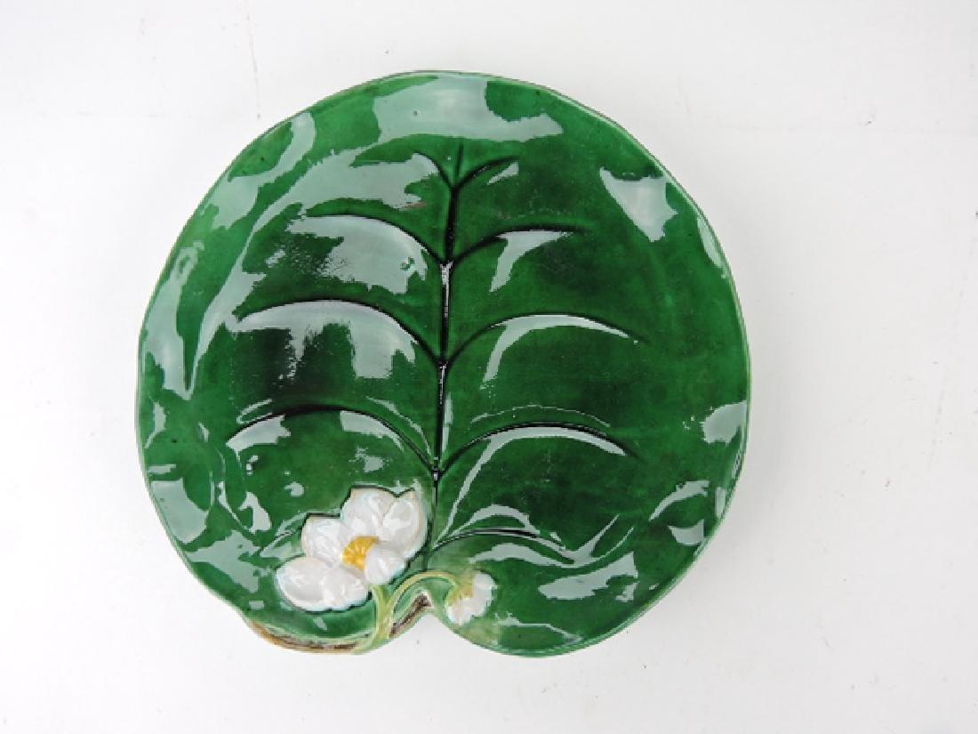 George Jones pond lily plate, rim repair