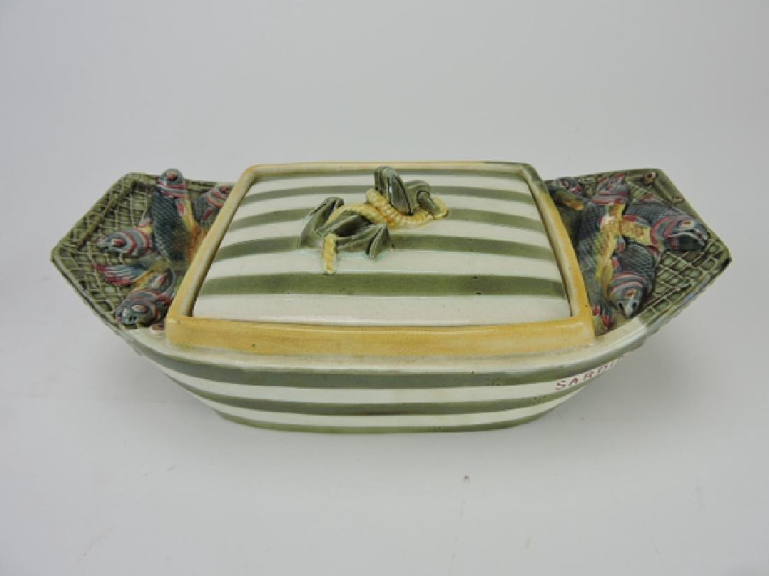 Wedgwood Argenta Sardinia boat shaped sardine box